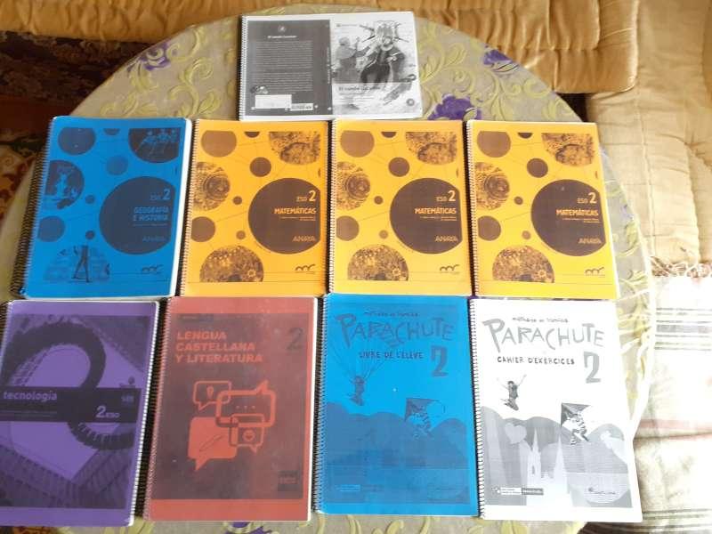 Imagen Libros de texto de 2°ESO para IES LEOPOLDO QUEIPO+libro de lectura
