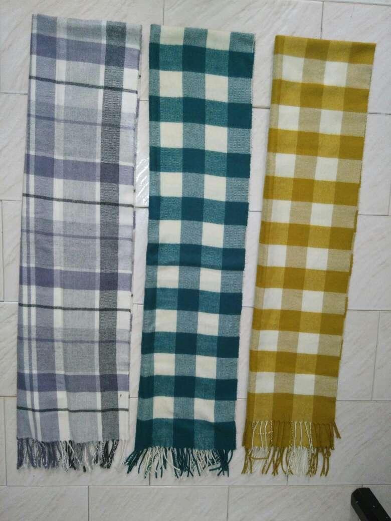 Imagen producto 11 bufandas chico  1