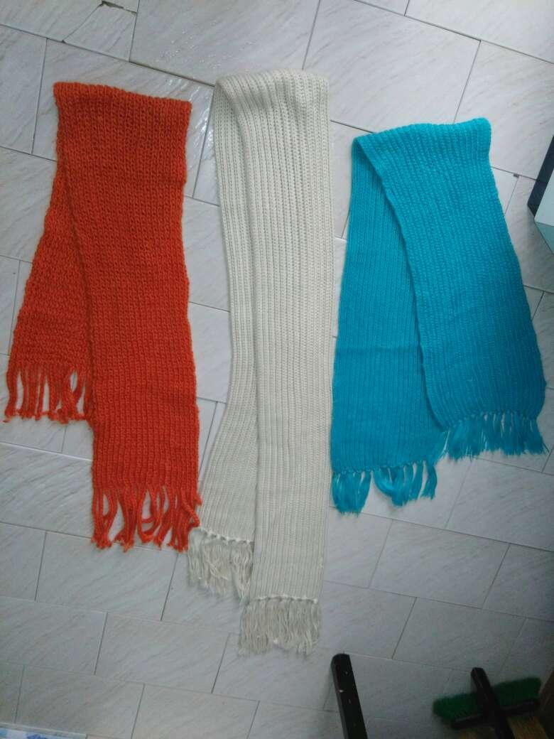 Imagen producto 11 bufandas chico  2