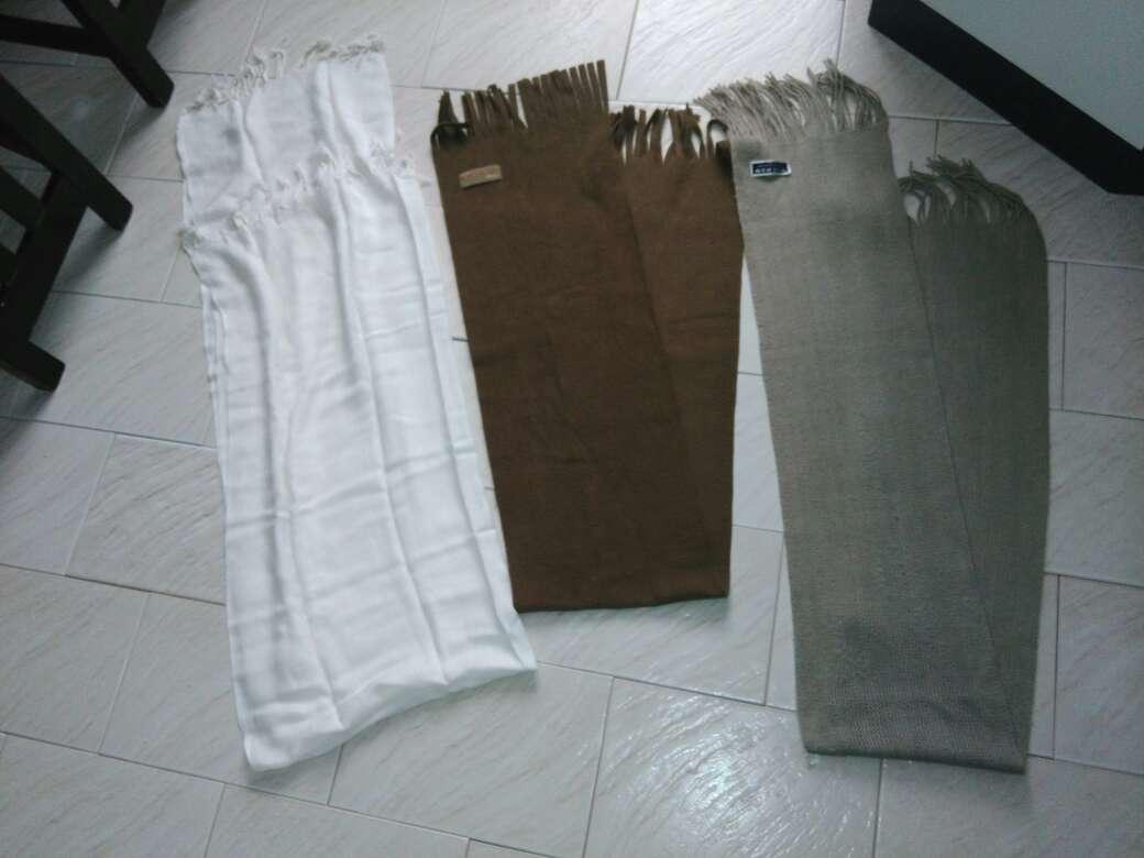 Imagen producto 11 bufandas chico  4