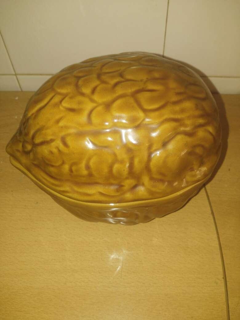 Imagen producto Bombonera nuez 1