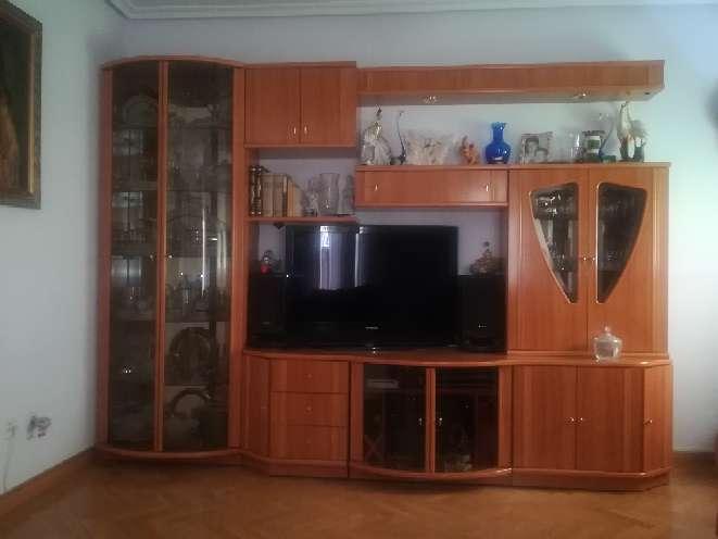 Imagen Mueble de Salón de Madera,en buen estado,sin arañazos