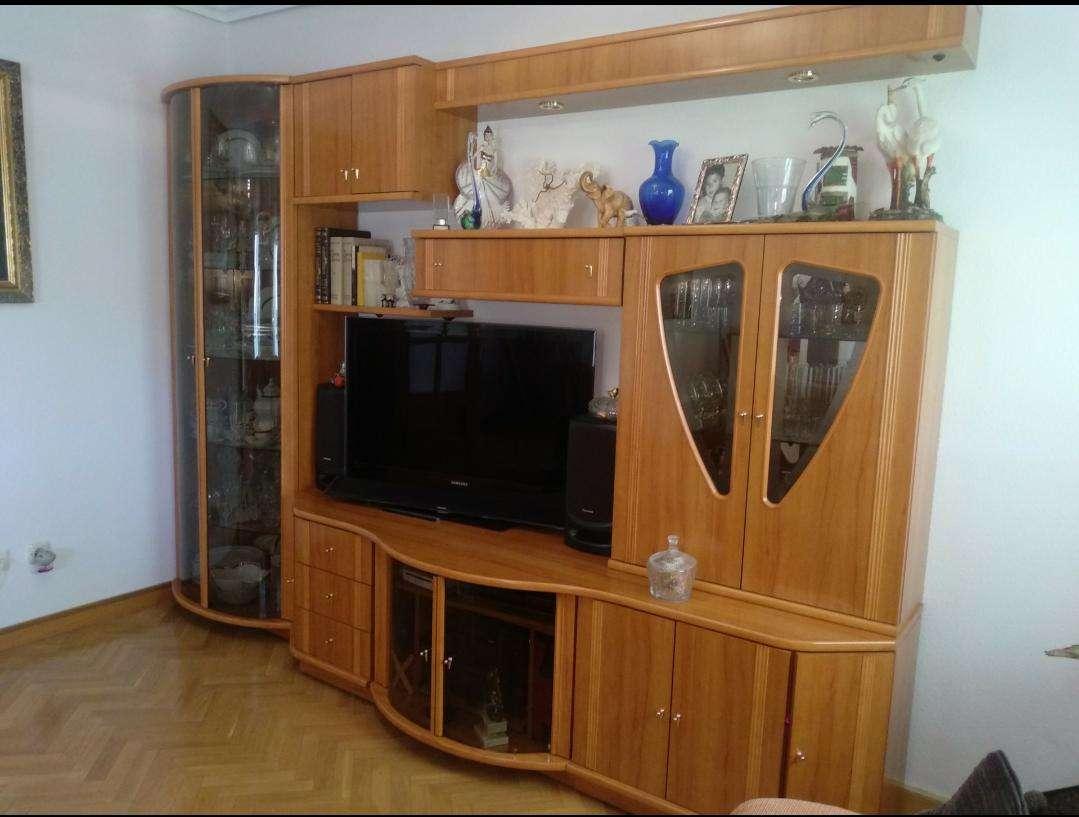 Imagen producto Mueble de Salón de Madera,en buen estado,sin arañazos 4