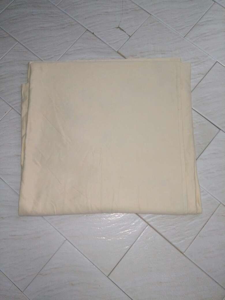 Imagen producto Mantel crema 1