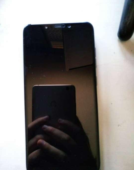 Imagen móvil Xiaomi pocophone smartphone