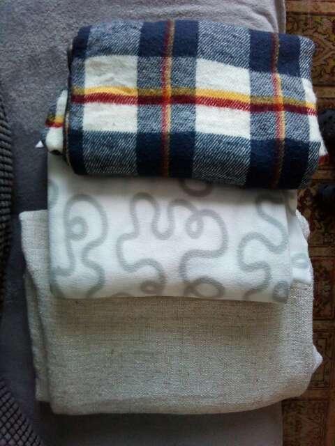 Imagen producto 3 mantas sofá 1