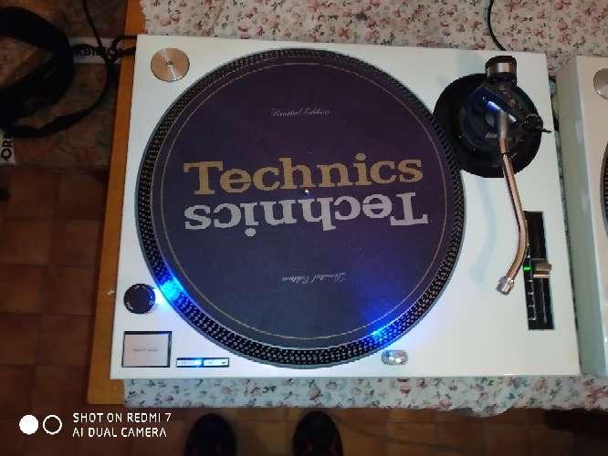 Imagen Pareja de technics 1210 mk2 Blanco Perla.