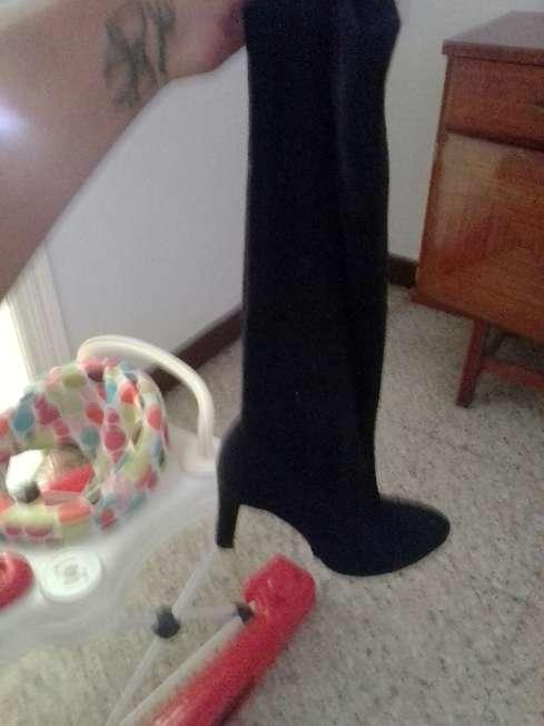 Imagen botas de tacón fino