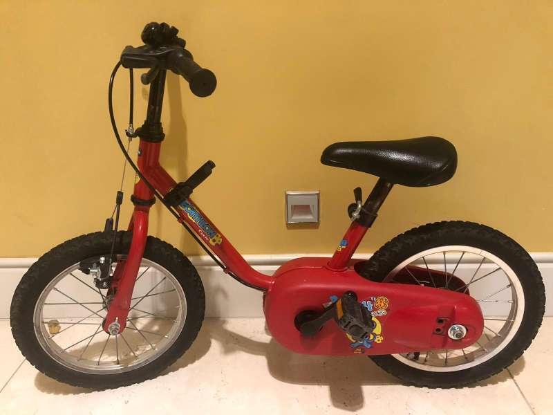 Imagen bicicleta roja