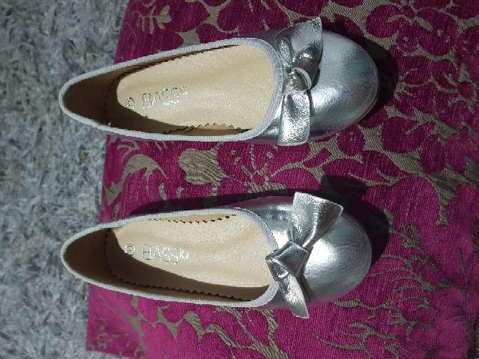 Imagen producto Zapatos nuevos niña n 33 2
