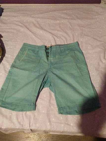 Imagen Pantalón corto color menta