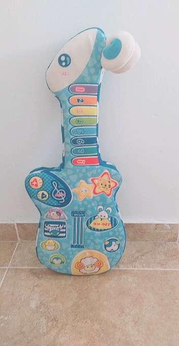 Imagen guitarra musical de bebés