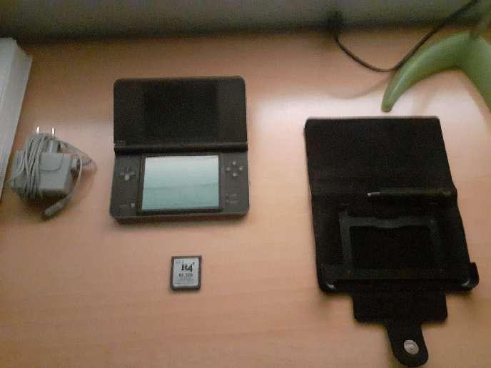 Imagen Nintendo DSI XL