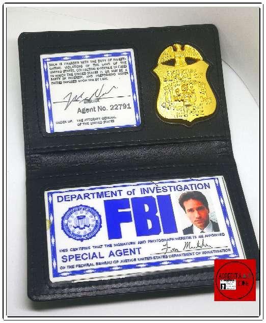 Imagen producto Acreditación de Fox Mulder 1