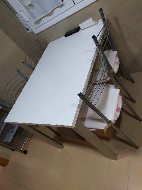Imagen producto Mesa cocina + 4 sillas 3