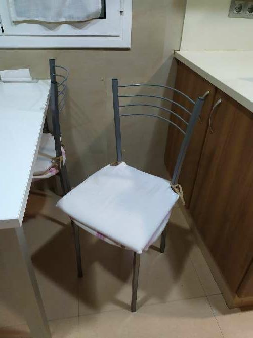 Imagen producto Mesa cocina + 4 sillas 2