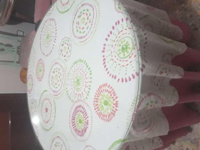 Imagen cristales redondos de mesa camilla