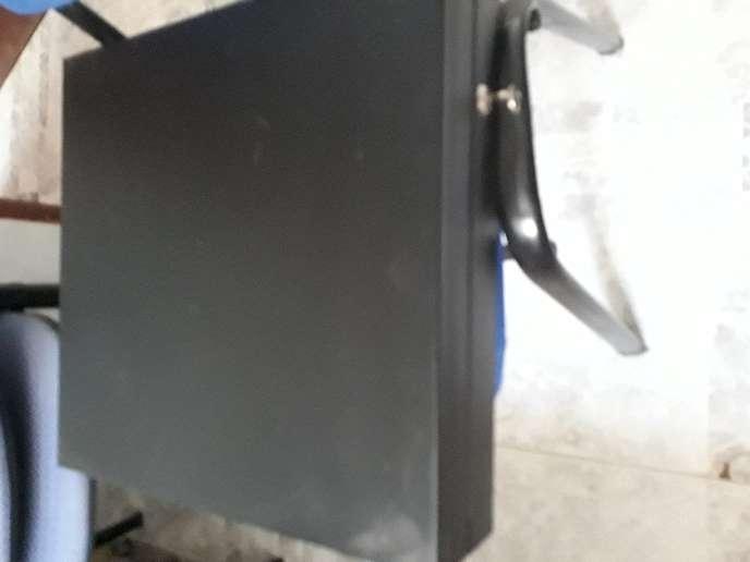 Imagen producto BASCULA DE PESO 40KGS 6