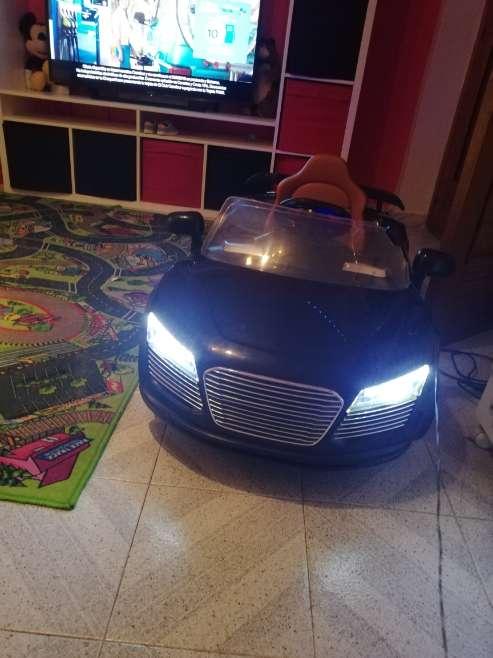 Imagen producto Coche electrico Audi R8  2