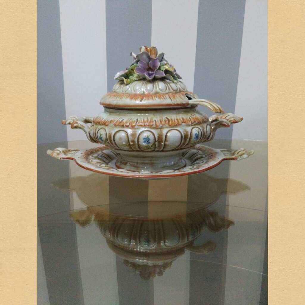 Imagen producto Sopera antigua, jarras... 2