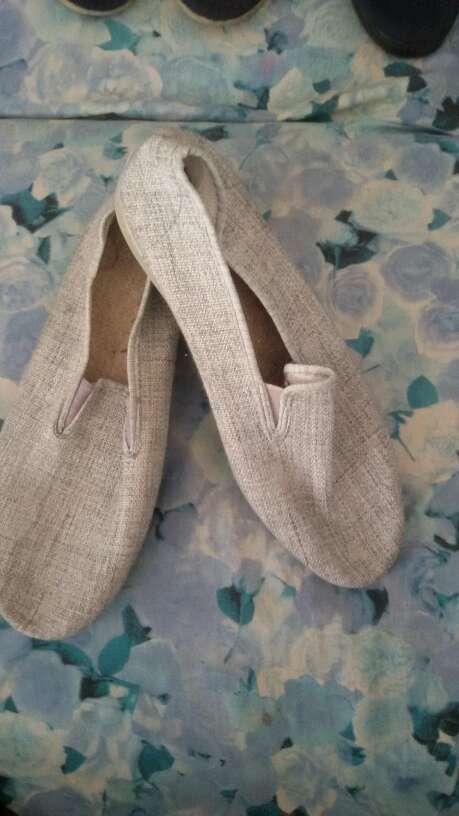 Imagen zapatillas De hombre talla44