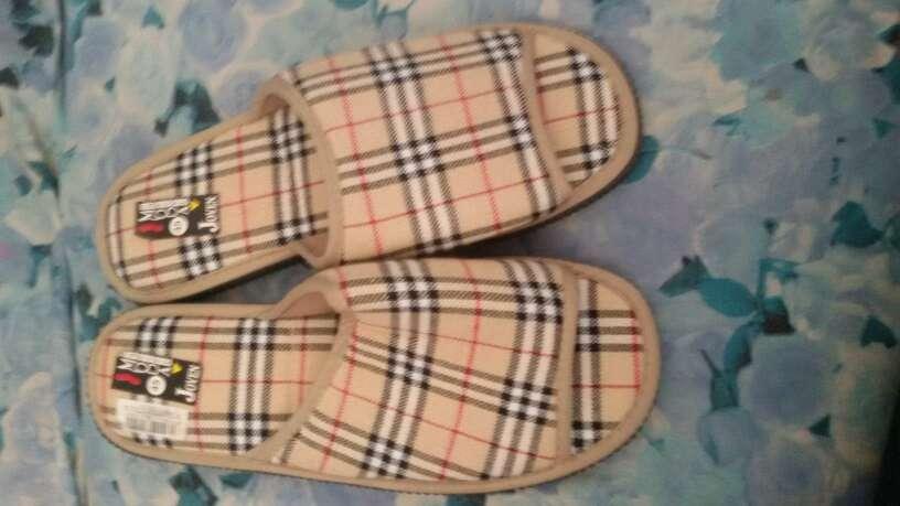 Imagen nuevas zapatillas De hombre