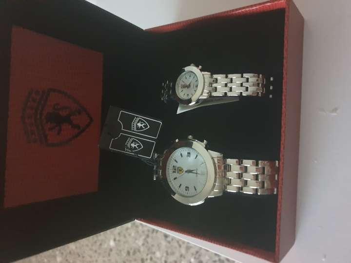 Imagen producto 2 relojes Ferrari auténticos  3