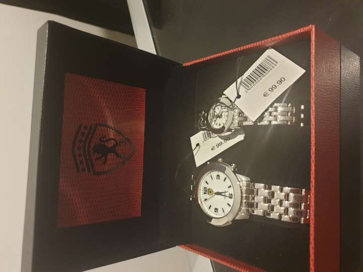 Imagen producto 2 relojes Ferrari auténticos  6