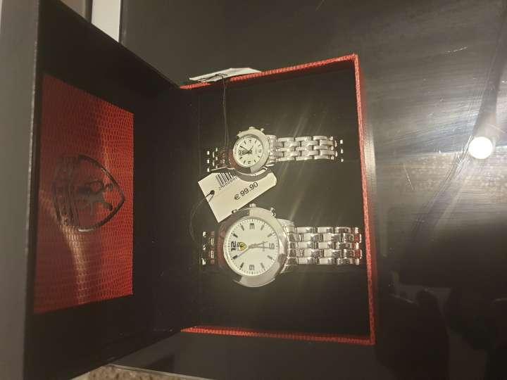 Imagen producto 2 relojes Ferrari auténticos  2