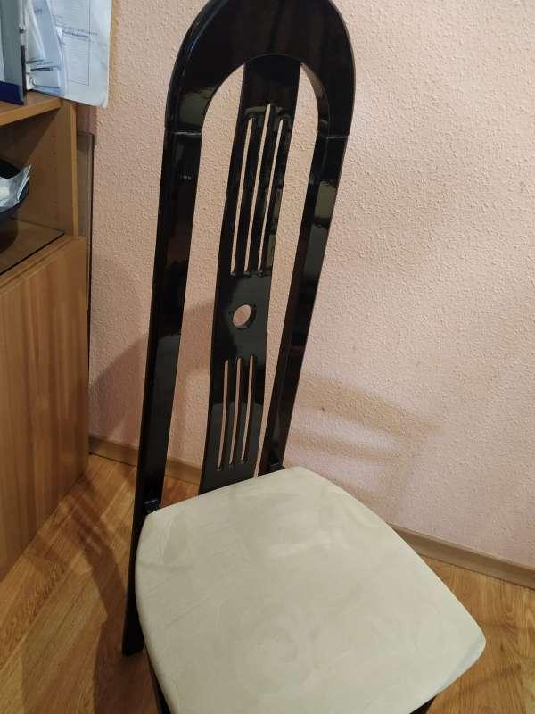 Imagen producto Mesa y sillas comedor 3