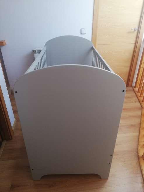 Imagen producto Cuna gris con cajones 3