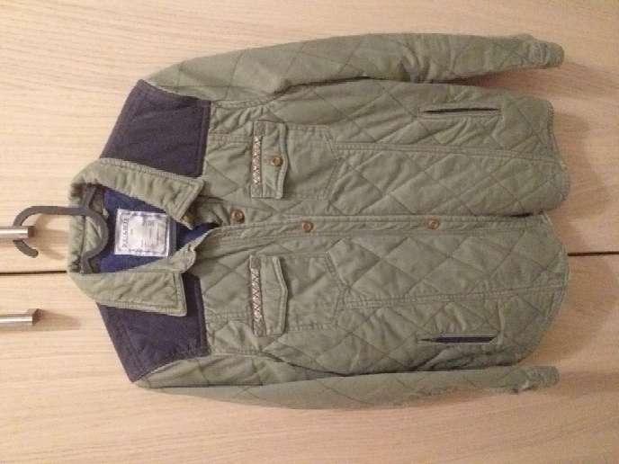 Imagen chaqueta verde
