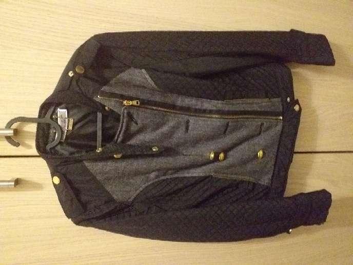 Imagen chaqueta negra