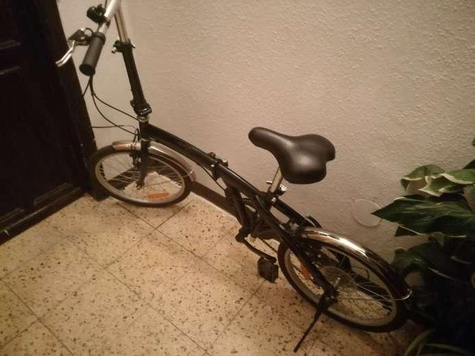 Imagen producto Bicicleta Plegable en perfecto estado  1
