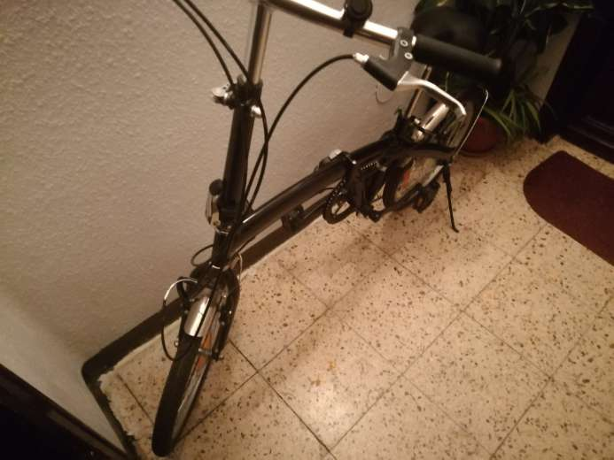 Imagen producto Bicicleta Plegable en perfecto estado  5