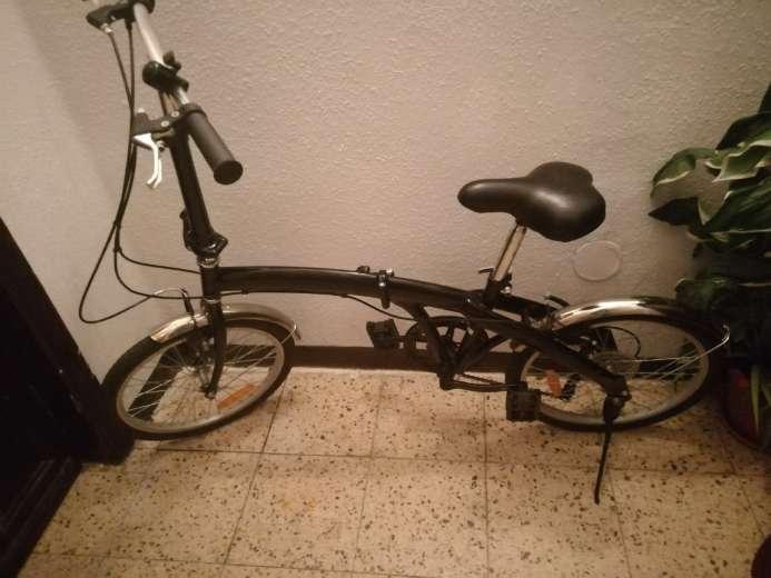 Imagen producto Bicicleta Plegable en perfecto estado  2