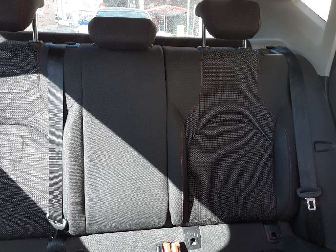 Imagen producto Coche seat León  6
