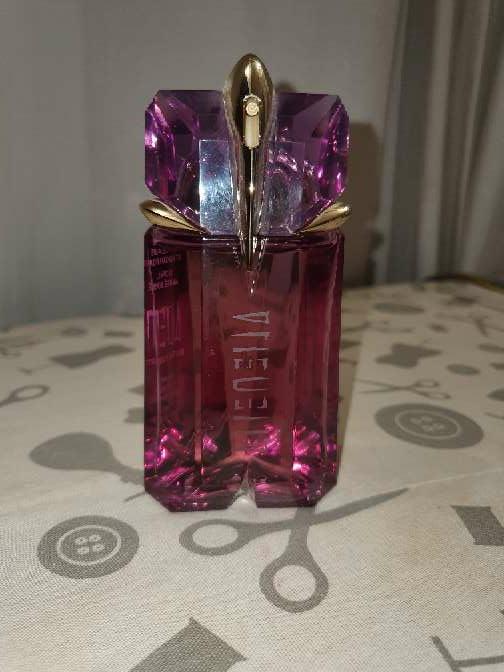 Imagen producto Perfume Mugler Alien 60ml Sin caja sin uso 2