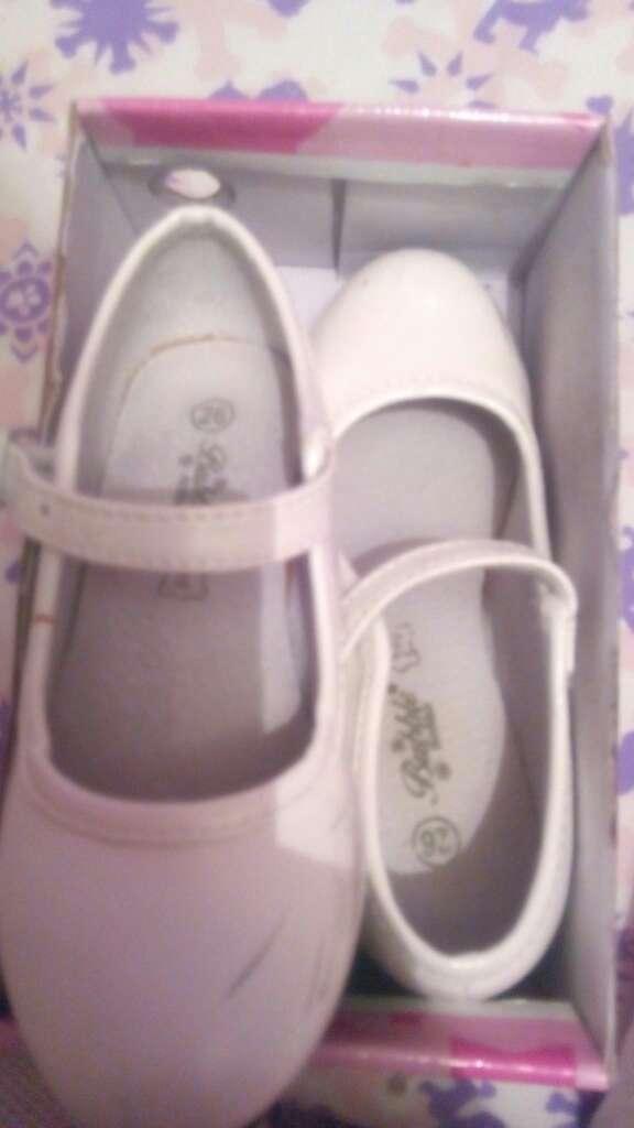 Imagen zapatos de flamenca