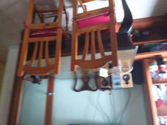 Imagen mesa  con silla nuevas