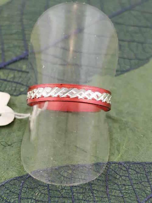 Imagen anillo rojo envío gratis.