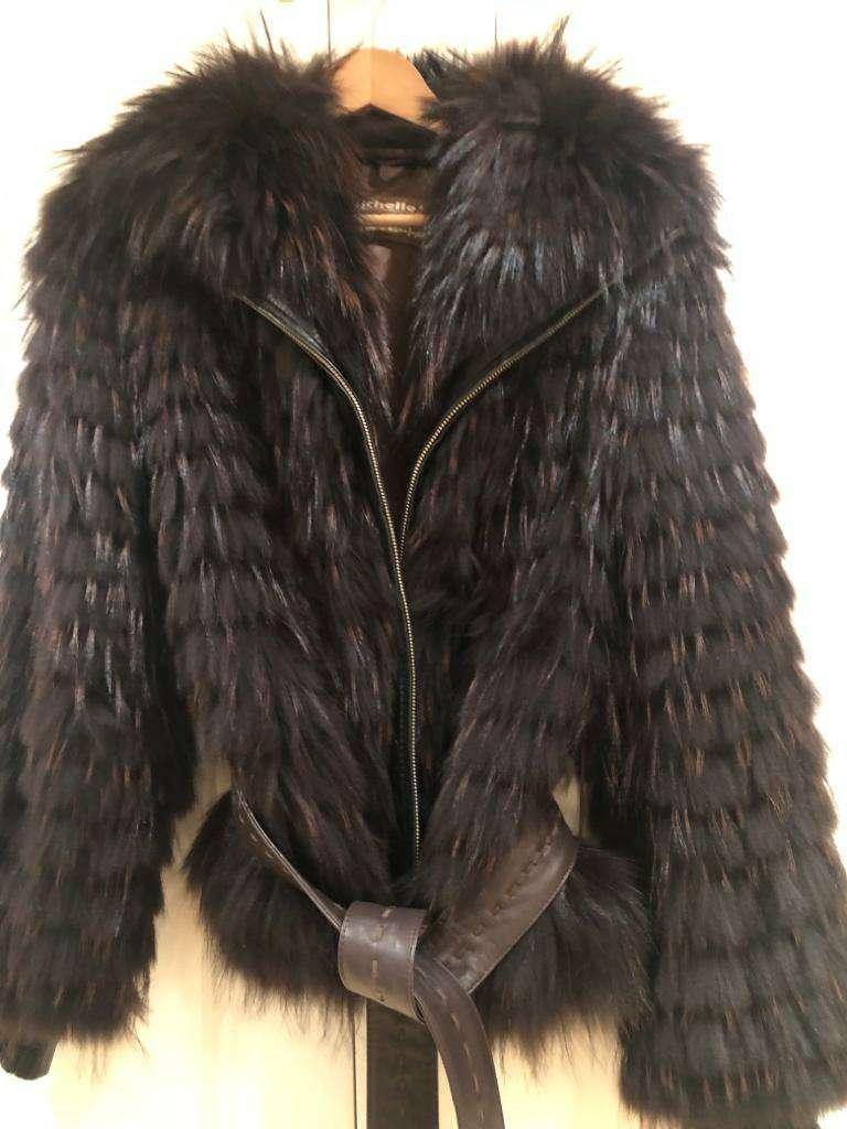 Imagen cazadora piel tejon y nutria