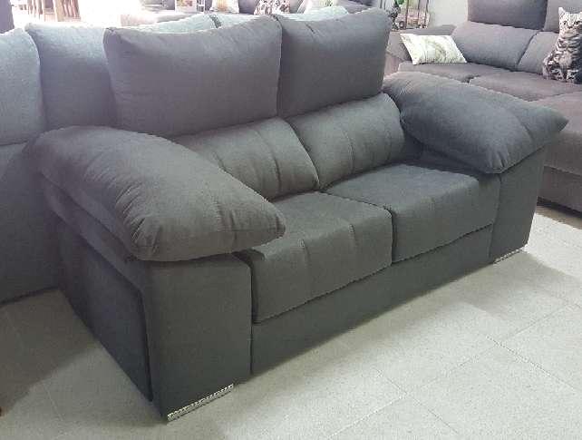 Imagen producto Sofa 2 plazas con pouff antimanchas marengo 6