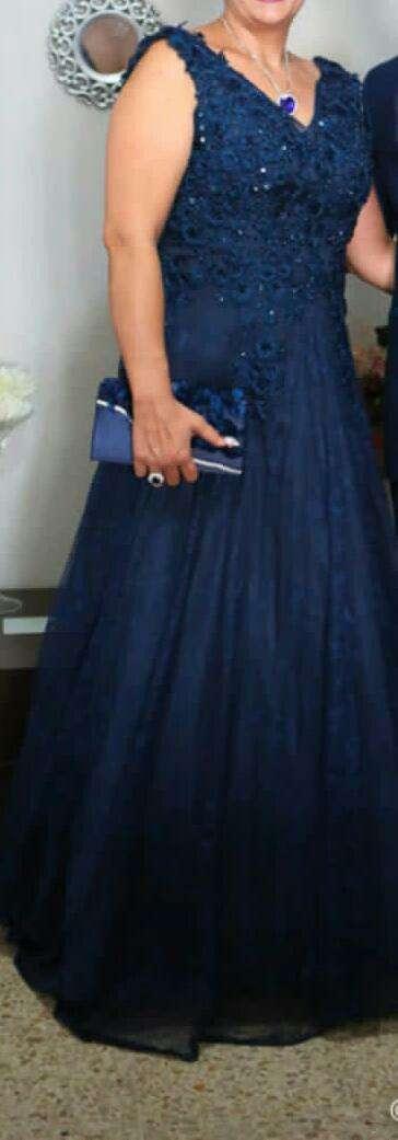 Imagen vestido azul marino rrazo