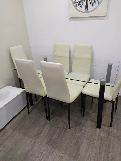 Imagen Mueble de comedor y mesa con 6 sillas