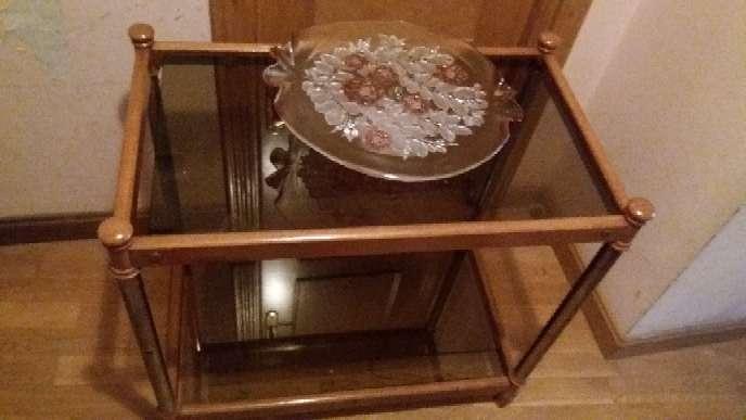 Imagen mesa...frutero vintage y juego de tazas