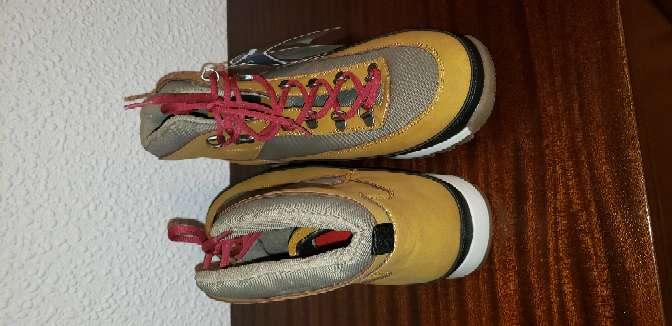 Imagen producto Vendo botas Springfield nuevas súper cómodas talla 44 3