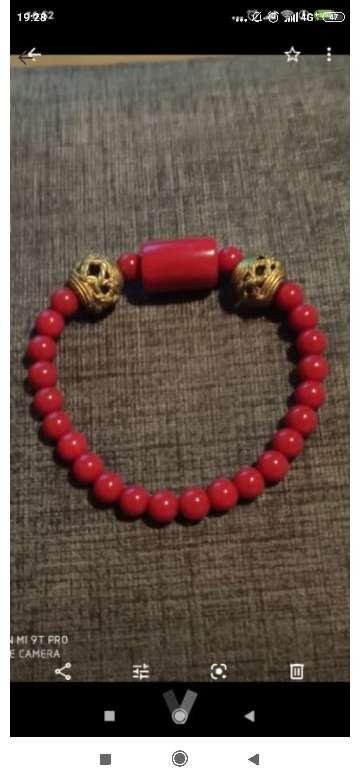 Imagen pulsera hecha a mano