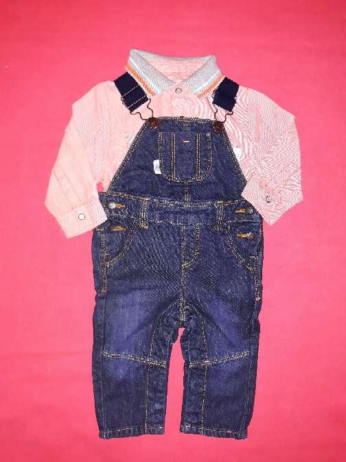 Imagen Camisa y peto bebé, 6m.