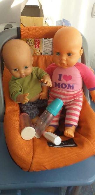 Imagen balancín más 2 muñecos